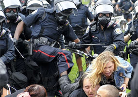 Brutality Of Toronto Police at G20 Protest