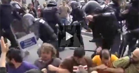 Police In Barcelona Kicking And Hitting Peaceful Protesters